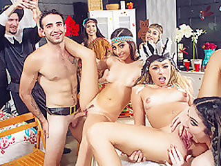 Jasmine Vega & Amilia Onyx & Zoe Clark in Dorm Room Fucksgiving - GFRevenge